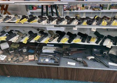 Doc Neeleys Gun Counter
